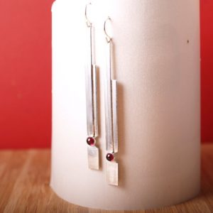 Deco Sterling earrings with Garnet