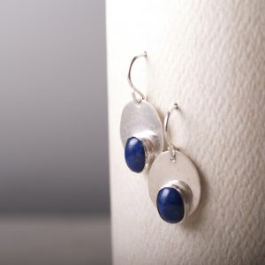 Oval Earrings with Lapis